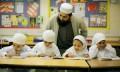 Memilih pendidikan yang baik untuk anak menurut Islam